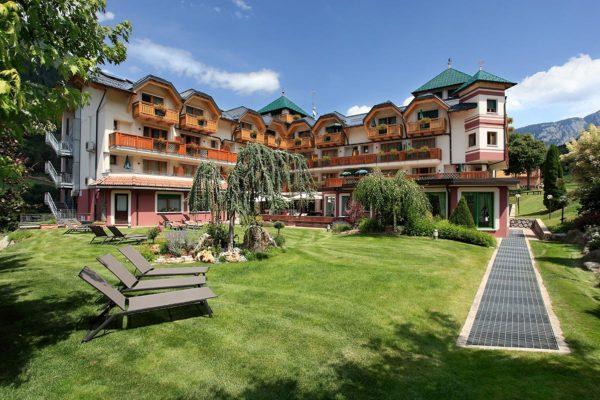 Tevini Dolomites Charming Hotel