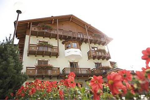 Commezzadura - Hotel Almazzago