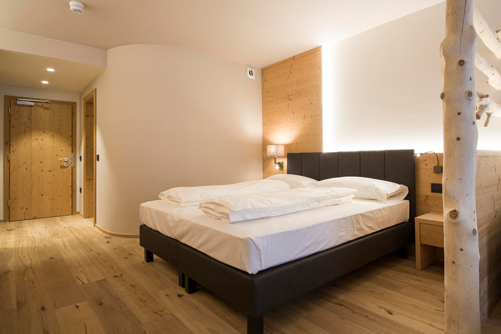 Commezzadura - Hotel Monroc